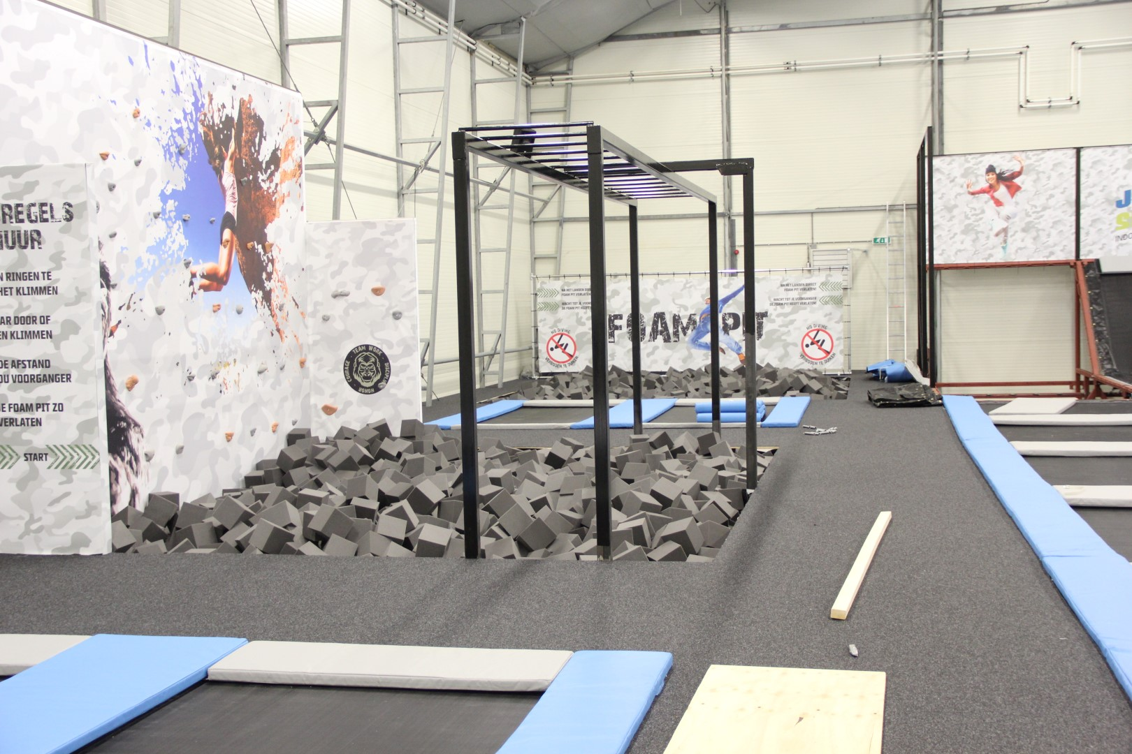Opening indoor trampoline park jumpskillz alkmaar the - Campsites in holland with swimming pool ...